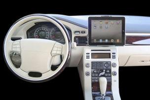 So wird das iPad im Auto mobil