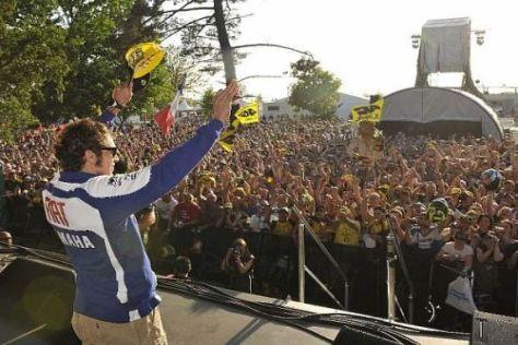 Die italienischen Rennfans müssen sich gedulden: Valentino Rossi muss pausieren
