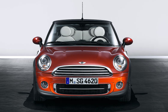 facelift mini mini cabrio und clubman 2011. Black Bedroom Furniture Sets. Home Design Ideas