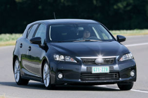 Lexus schärft den Hybrid