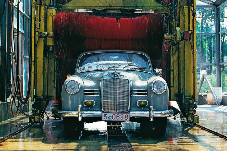 Mercedes-Benz 180 W120