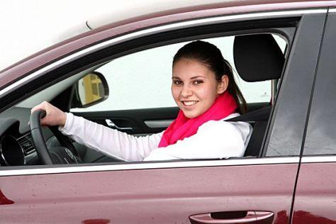 Autobesitz In Deutschland Studie Immer Mehr Frauen Haben Ein Auto Autobild De
