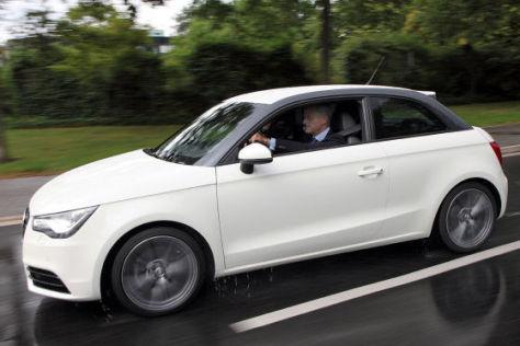 Peter Ramsauer fährt den Audi A1 e-tron