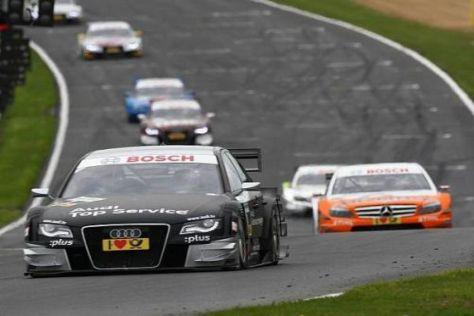 So würde sich Audi das vorstellen: Timo Scheider vor den Mercedes-Verfolgern...