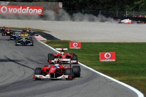 WM-Kampf der Fehler: In Monza patzt Hamilton, er fliegt im Hintergrund ab