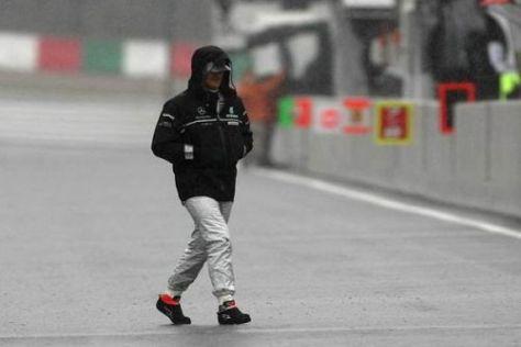 Michael Schumacher im Suzuka-Regen: Am Samstag konnte niemand fahren