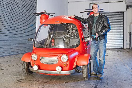 Ich bin ein Sportwagen, Jet, Helikopter und eine Rennyacht. Allerdings nur virtuell.