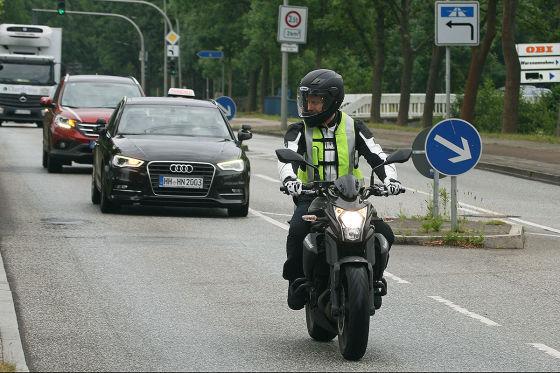 Motorradführerschein: Kosten, Klassen, Schnellkurs