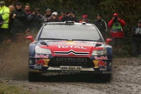 Sébastien Loeb liegt trotz seiner Probleme nach dem ersten Tag vorn