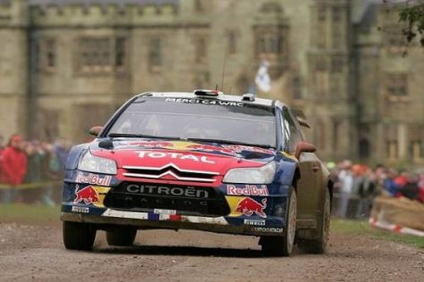 Noch steht die Zukunft ab 2012 von Weltmeister Sébastien Loeb nicht fest