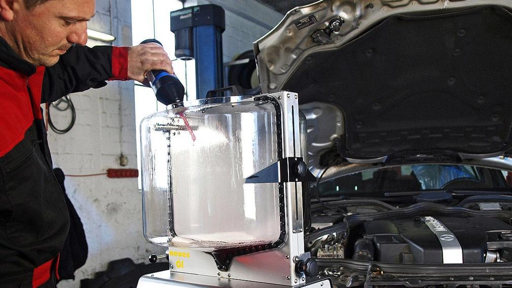 Getriebespülung: Automatik-Getriebeöl wechseln