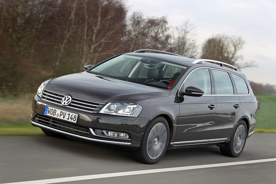 VW Passt Variant Blue TDI