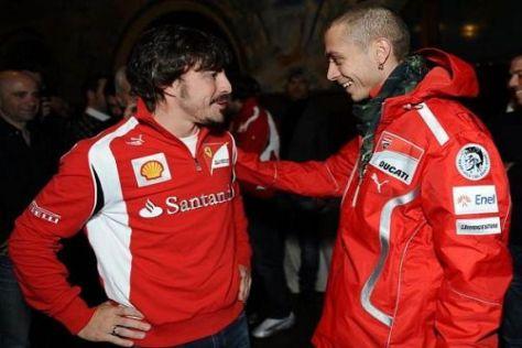 Planen ein Megaduell am Jahresende: Fernando Alonso und Valentino Rossi