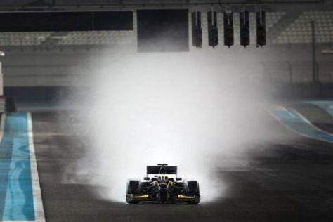 Pedro de la Rosa testete in Abu Dhabi sämtliche Reifenvarianten von Pirelli