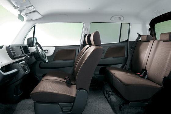 Suzuki MR Wagon (2011)