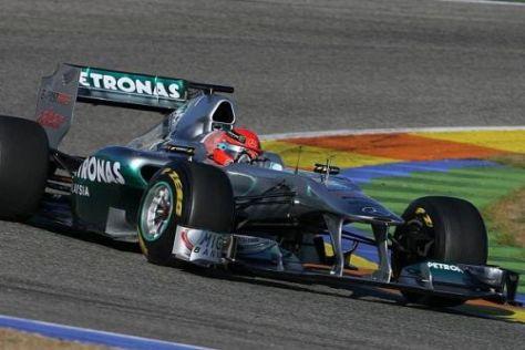 Michael Schumacher erzielte die erste Bestzeit mit dem neuen Mercedes