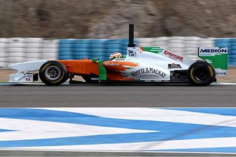 Paul di Resta bei seinen Testfahrten im neuen Force India VJM04 in Jerez