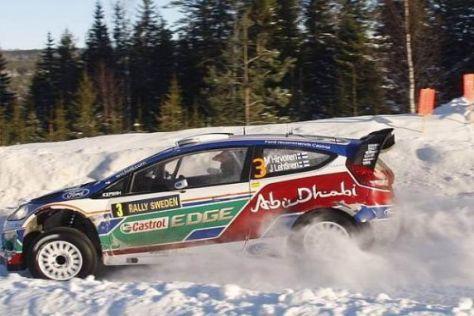 Ford zeigte sich in Schweden mit einem Dreifachsieg in großartiger Frühform