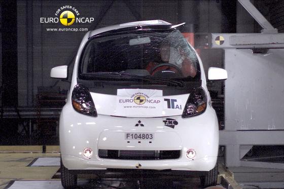 Geht doch: Vier Sterne für den Mitsubishi i-MiEV sowie seine Brüder Peugeot iOn und Citroën C-Zero.