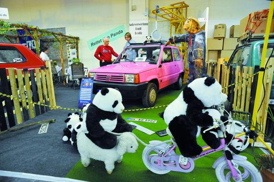 Techno Classica Panda-Club-Stand