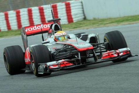 Lewis Hamilton muss seinen Fahrstil an die neuen Pirelli-Reifen anpassen