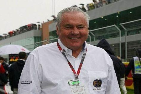 Alan Jones in Südkorea 2010: Dort fungierte der Australier als FIA-Rennsteward