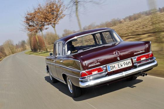 Mercedes-Benz 300 SE (W112)