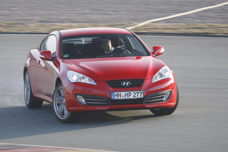 Hyundai Genesis Coupe 2.0 T