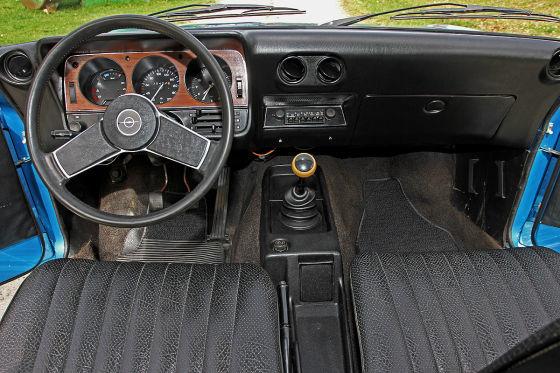 Opel Ascona A Voyage