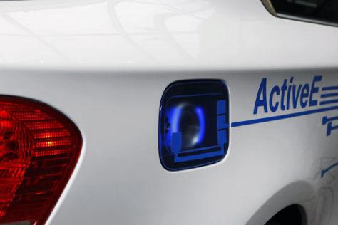 BMW: Neues Ladesystem für E-Autos