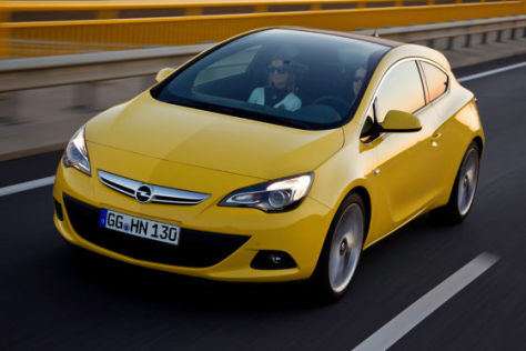 Opel Astra GTC mit Panorama-Frontscheibe