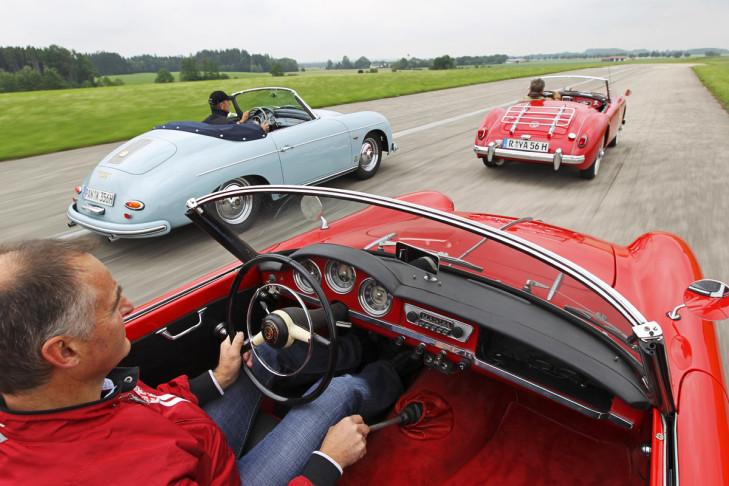 Alfa Romeo Giulietta Spider Porsche 356 Cabrio MGA Roadster