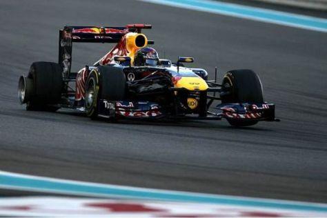 Weltmeister Sebastian Vettel schleppte das Auto noch zurück an die Box
