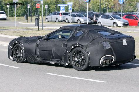 Erlkönig-Bilder: Ferrari 620 (F152) kommt 2012 als 599 ...