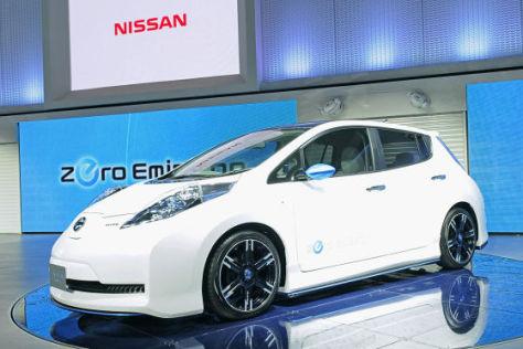 Nissan Leaf NIsmo Concept (Tokio 2011)