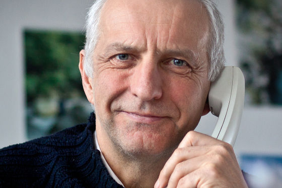Thilo Weichert am Telefon