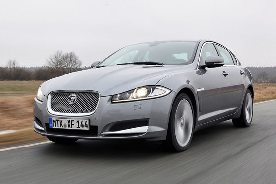Video: Jaguar XF