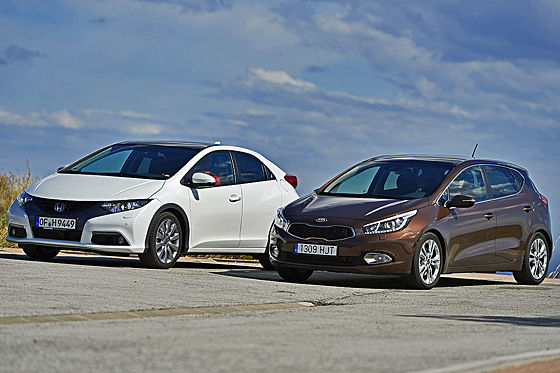 Video: Kia cee'd/Honda Civic