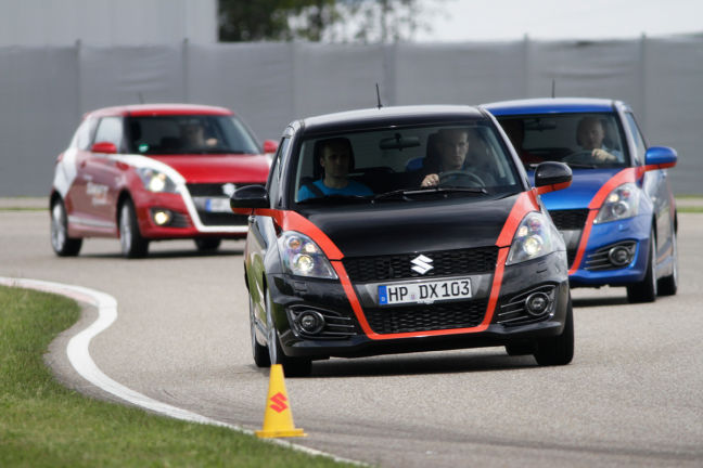 Video: Suzuki Swift-Fahraktion
