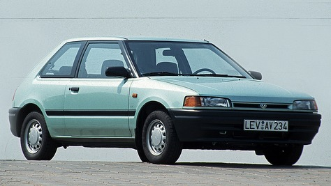 Mazda 323 BG