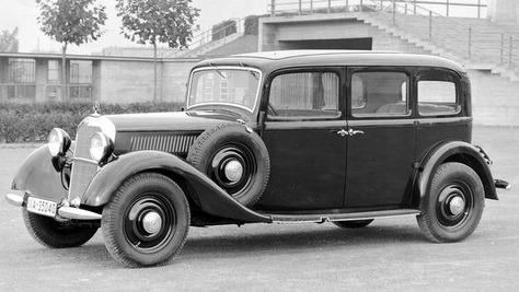 Mercedes W 138 Mercedes W 138