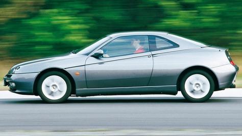 Alfa Romeo GTV II (916)