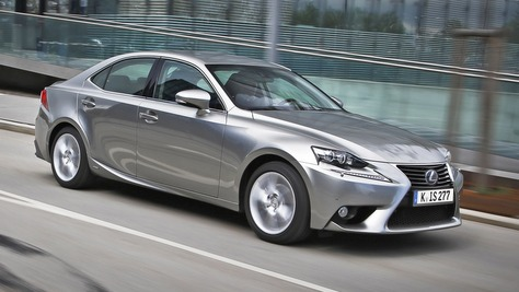 Lexus IS XE3