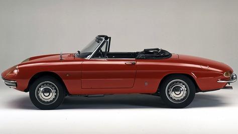 Alfa Romeo Spider Duetto