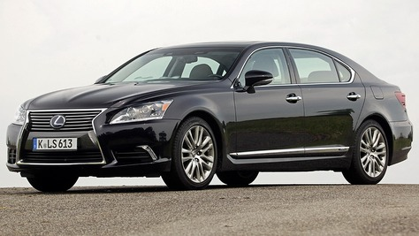 Lexus IV (USF40)