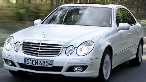 Mercedes-Benz W 211